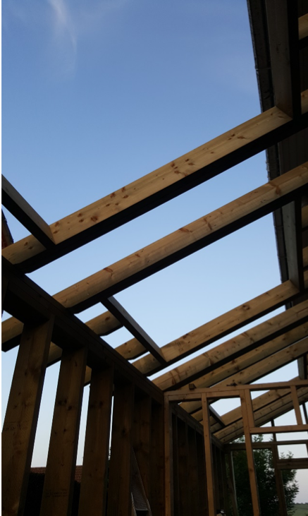 Timber frame going up