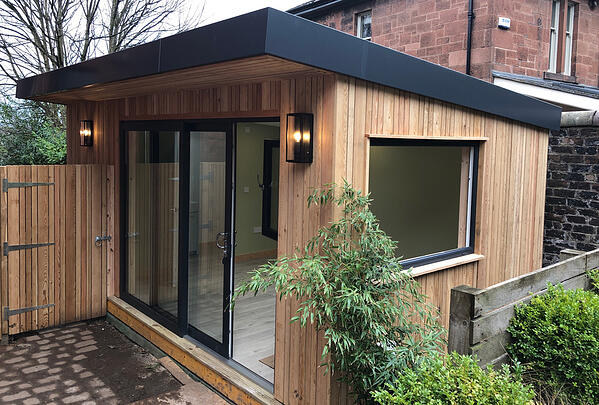 The complete garden room in Jordanhill Glasgow, by Outside In Garden Rooms