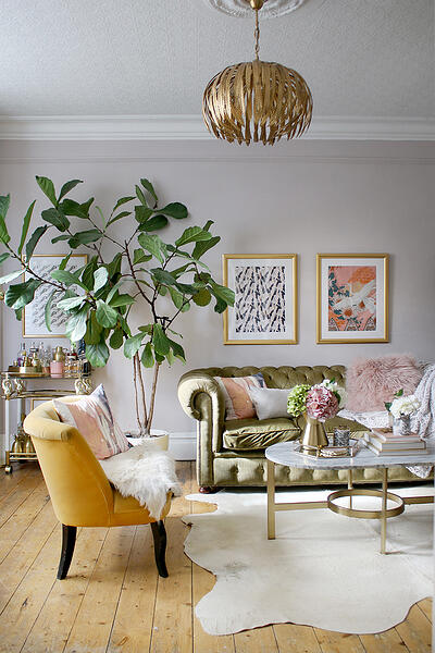 Kimberly Dark of Swoon Worthy's fabulous living room
